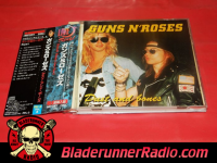 Guns N Roses - dust n bones - pic 5 small