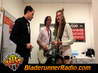 Halestorm - freak like me - pic 1 small