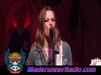 Halestorm - mayhem - pic 3 small