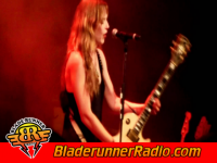 Halestorm - rock show - pic 2 small