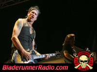 Jackyl - dirty little mind live - pic 3 small