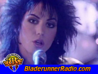Joan Jett - i hate myself for loving you - pic 8 small