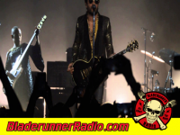Lenny Kravitz - dirty white boots - pic 2 small