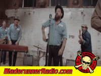 Nathaniel Rateliff - sob - pic 2 small