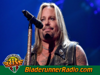 Vince Neil - b is back - pic 2 small