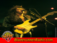 Yngwie Malmsteen - largo - pic 2 small