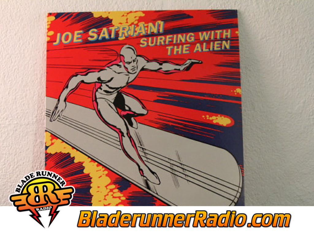 Joe Satriani - Surfing With The Alien (image 8)