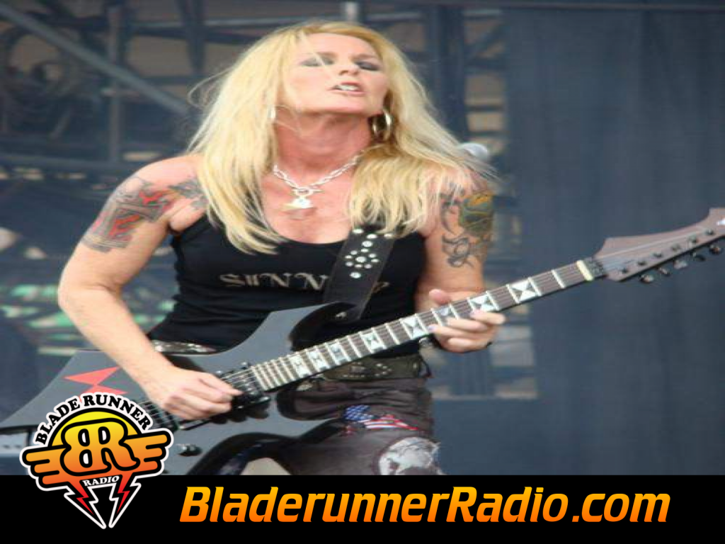 Lita Ford - Cant Catch Me (image 9)