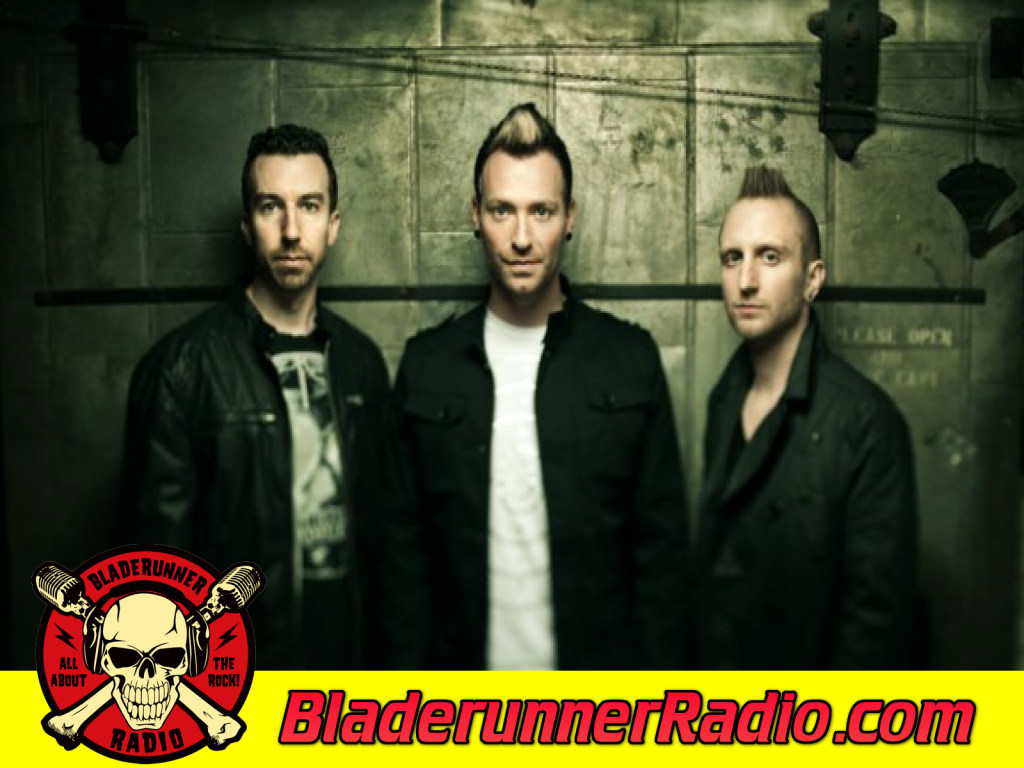 Thousand Foot Krutch - Running With Giants (image 5)