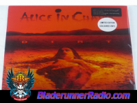 Alice In Chains - dirt - pic 7 small