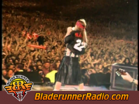 Axl Rose Amp Queen - we will rock you live - pic 2 small