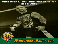 Five Finger Death Punch - battle born - pic 3 small