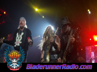Guns N Roses - whole lotta rosie live - pic 8 small