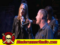 Halestorm - hunger strike - pic 2 small