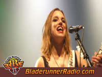Halestorm - i miss the misery - pic 4 small