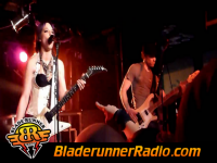 Halestorm - slave to the grind - pic 5 small