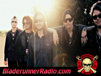 Hinder - save me - pic 2 small