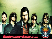 Hinder - use me - pic 8 small