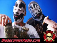 Insane Clown Posse - the clowns are back edit - pic 7 small