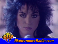 Joan Jett - i hate myself for loving you - pic 3 small