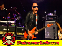 Joe Satriani - satch boogie - pic 5 small