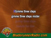 Lynyrd Skynyrd - gimme three steps - pic 4 small