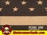 Pearl Jam - fortunate son live - pic 3 small