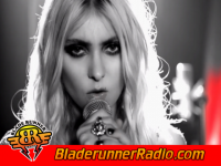 Pretty Reckless - take me down - pic 6 small