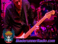Robin Trower - day of the eagle - pic 8 small