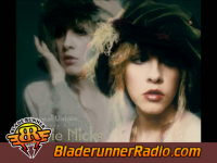 Stevie Nicks - edge of seventeen - pic 0 small