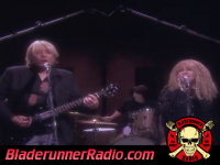 Stevie Nicks - stop draggin my heart around - pic 2 small