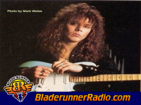 Yngwie J Malmsteen - forever one - pic 3 small